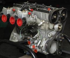 Cosworth BDG 2.0L Engine - Image 3